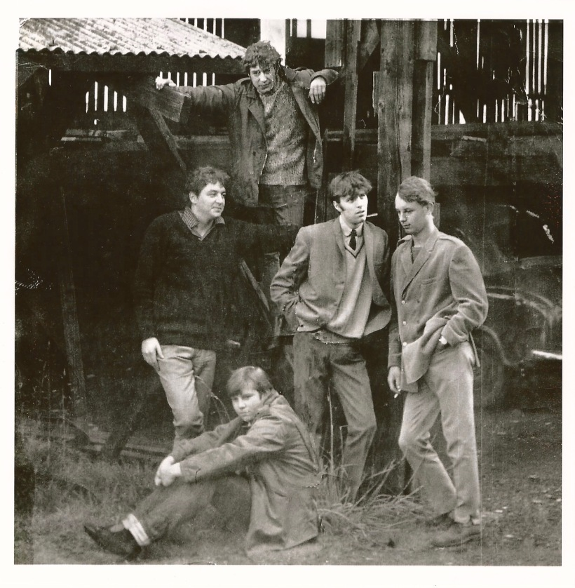 The Blackjacks with (l to r) Barrie Sharpley, Don Calverley (sitting), Michael Brown (standing), Paul Arrowsmith and Ken